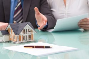 How can Property Lawyers and Agents Help You?